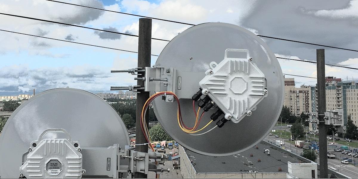 New PPC-10G-E-L2+ Radio with 4-port 10GE Switch